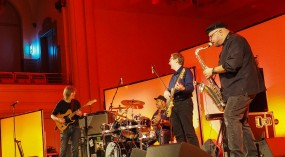 Mike Stern Band feat. Dennis Chambers, Bob Franceschini & Tom Kennedy @ Tonhalle St.Gallen 2015