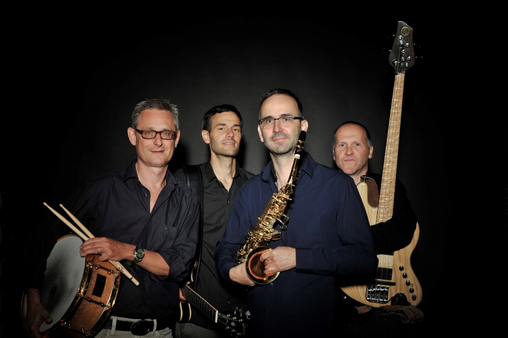 Felix Straumann, Saxophon Matthias Siegrist, Gitarre Peter Leuzinger, Bass Peter Preibisch, Schlagzeug